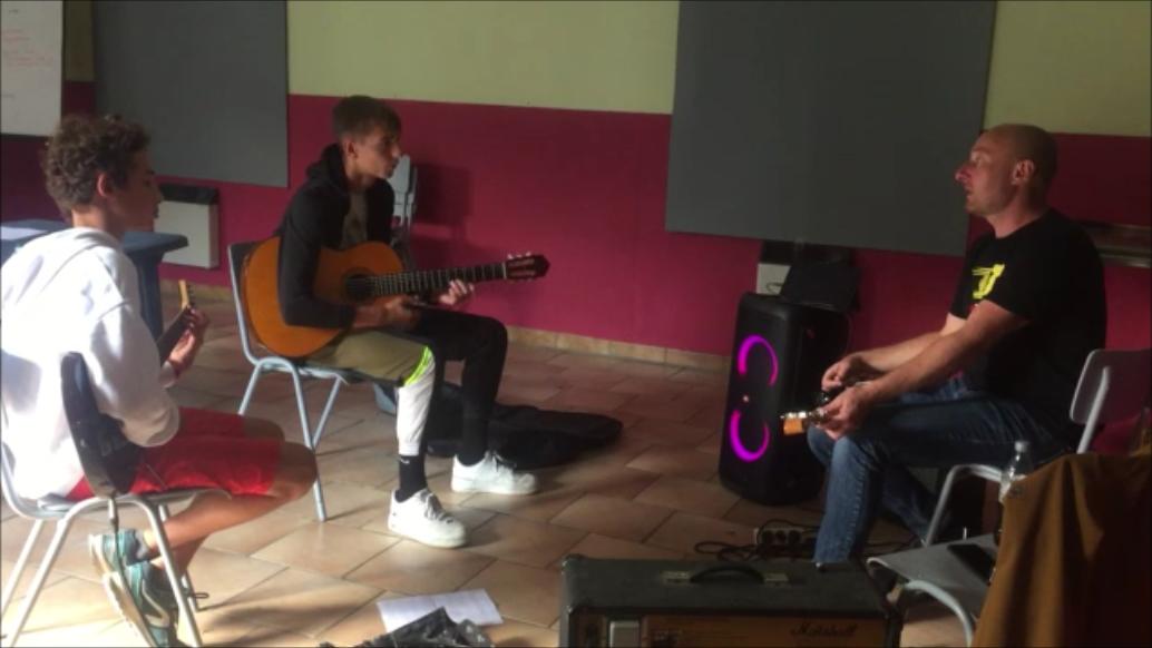 Atelier guitare (12 ans et plus)